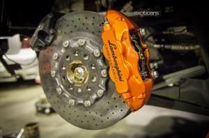 exoticars-service-centre-Lamborghini-Aventador-Rear-Carbon-Ceramic-Brakes